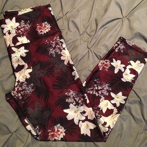 Burgundy Floral Leggings and Sports Bra Set size L